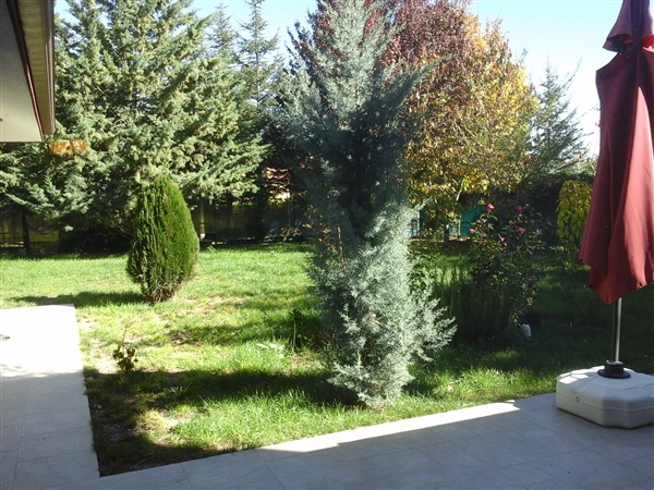 3 FLOORS HOUSE ALTERNATIVE WITH NICE AND BIG GARDEN AT SECURE COMPOUND IN INCEK