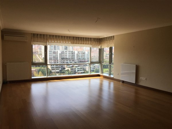 UNFURNISHED 4+1+LAUNDRY APARTMENT IN ÇANKAYA AT COMPOUND