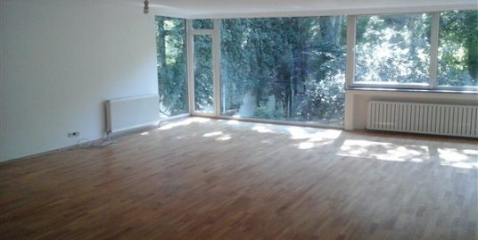 UNFURNISHED 4+1 APARTMENT WITH GARDEN VIEW IN GOP