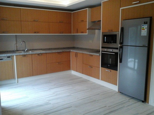 UNFURNISHED 4+1 APARTMENT AT SECURE COMPOUND IN BEYSUKENT