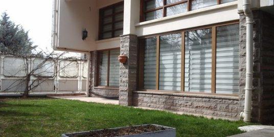 UNFURNISHED TRIPLEX HOUSE IN ORAN WITH GARDEN