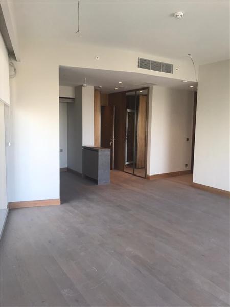 2+1 UNFURNISHED APARTMENT IN COMPOUND AT ORAN