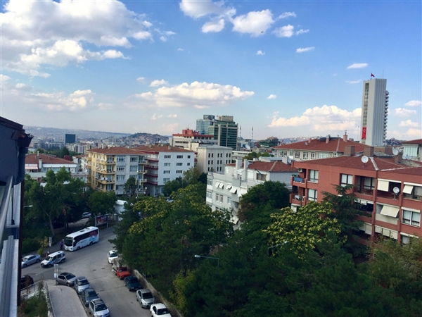 FURNISHED 2+1+STORAGE APARTMENT AT COMPOUND IN KAVAKLIDERE